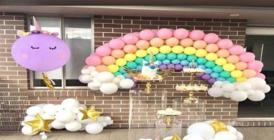 Decoración en globo de tema unicornio